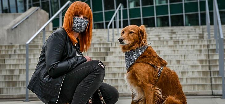 Zestaw na wypad z psem – maska ochronna i chusta dla psa